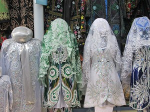 Uzbek Wear for Gals