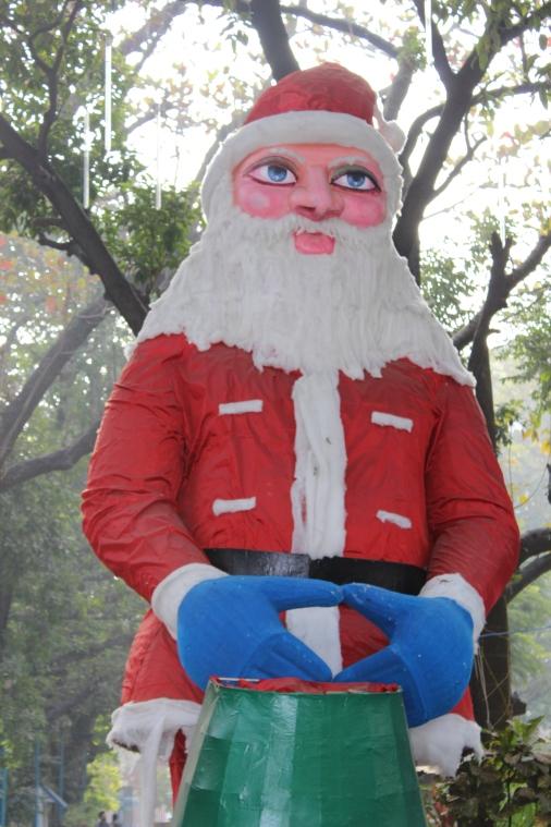 Santa looks a lot like the Bhagwan