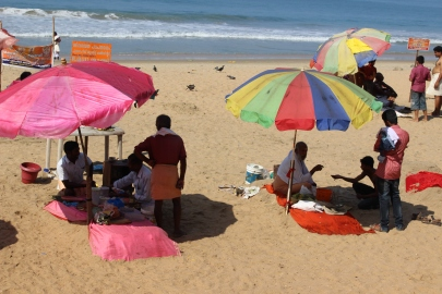 Gurus on the Beach: Varkala, Kerala, India