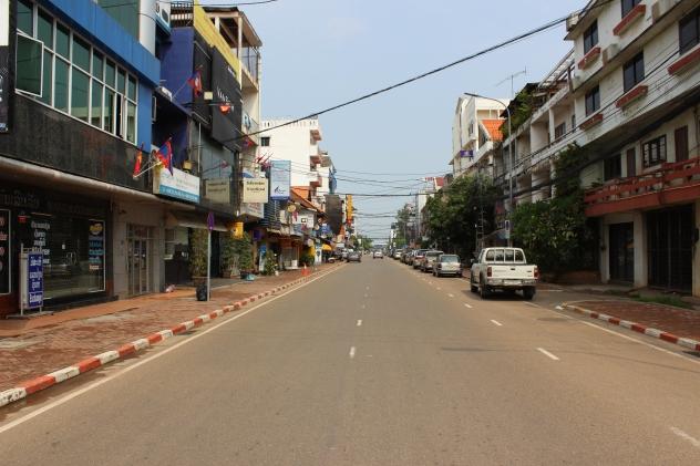 Sllepy Sunday in Vientiane