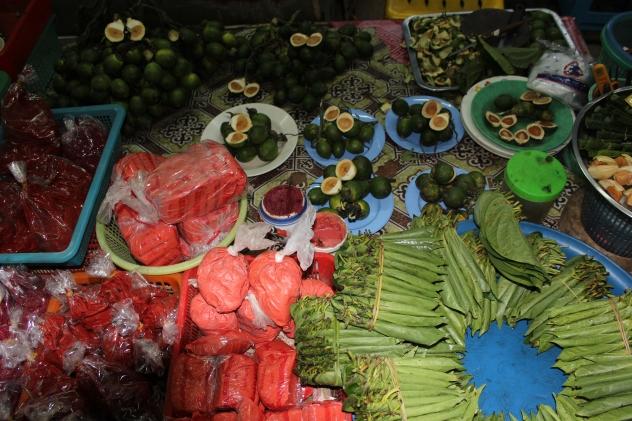 Betel nut fixin's in Thailand